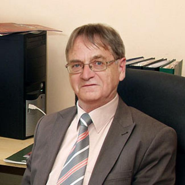Dr Tarpai Gyula