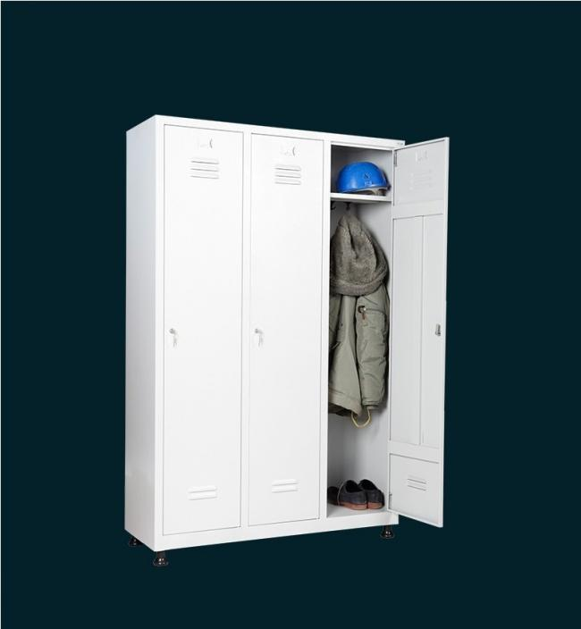 öltözőszekrény